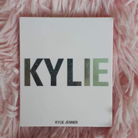 Kylie Cosmetics Other - Kylie Jenner blush powder